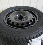 Stålfælge 14 tommer monteret med Continental TS800 165/70-14()